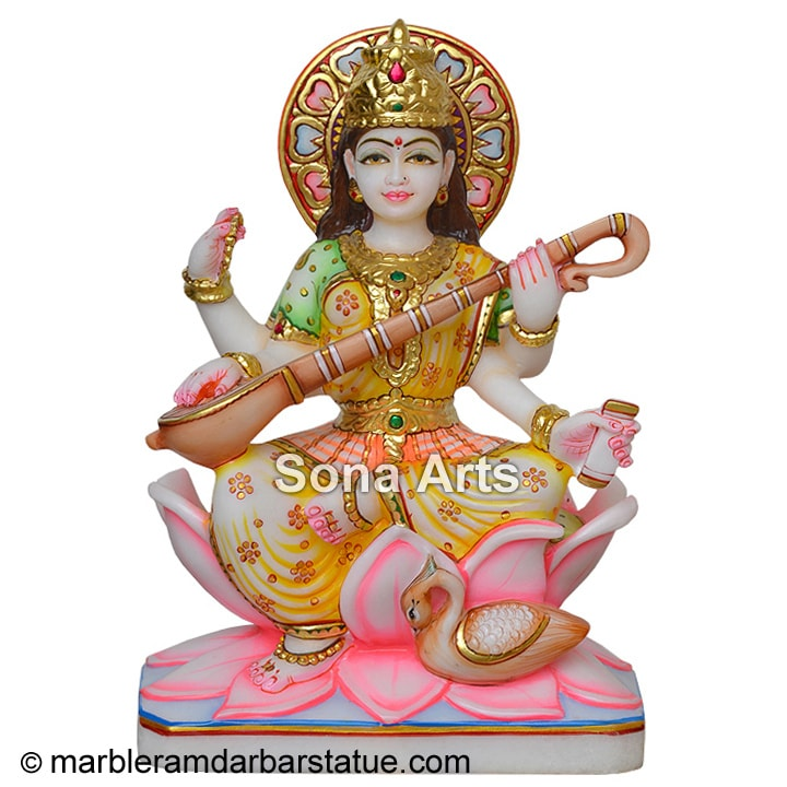Beautiful Saraswati Maa Statue